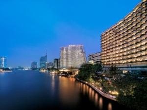 SHANGRI-LA' HOTEL*****